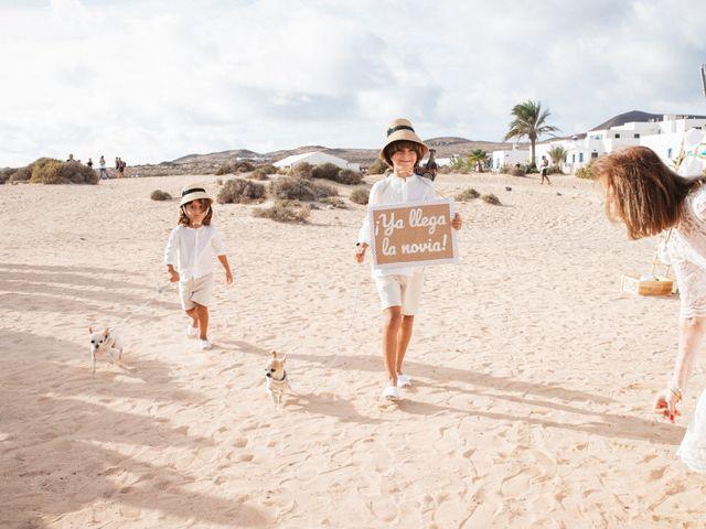 La boda de Nauzet y Laura en Caleta De Sebo (Isla Graciosa), Las Palmas 26
