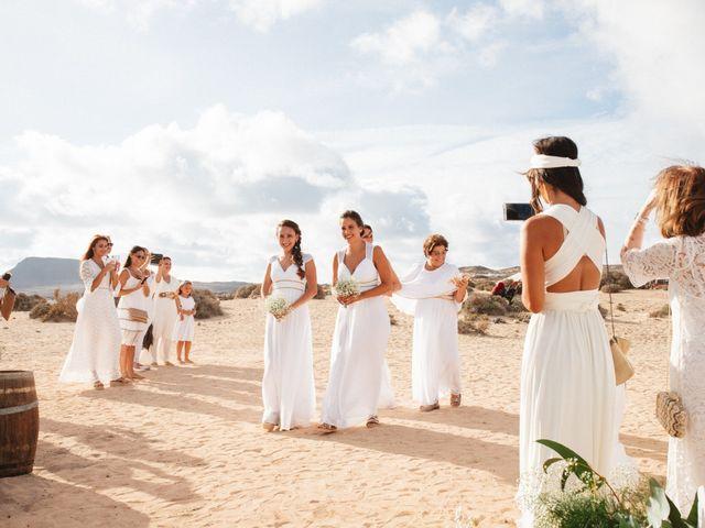 La boda de Nauzet y Laura en Caleta De Sebo (Isla Graciosa), Las Palmas 28