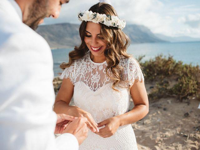 La boda de Nauzet y Laura en Caleta De Sebo (Isla Graciosa), Las Palmas 36