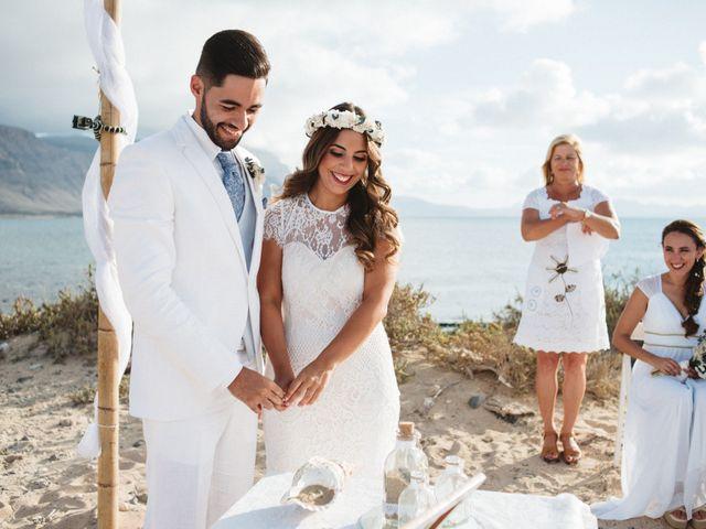 La boda de Nauzet y Laura en Caleta De Sebo (Isla Graciosa), Las Palmas 42