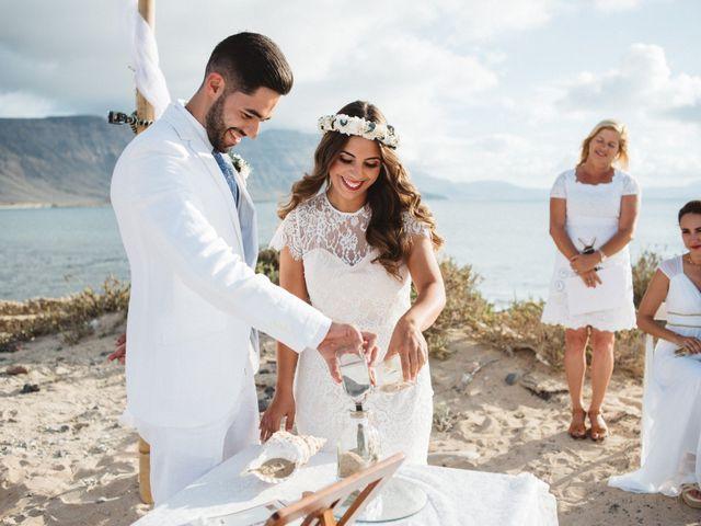 La boda de Nauzet y Laura en Caleta De Sebo (Isla Graciosa), Las Palmas 47