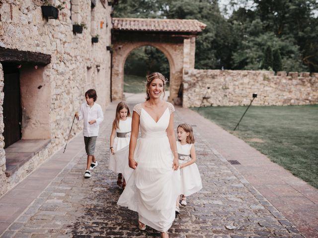 La boda de Miki y Laura en Camprodon, Girona 33