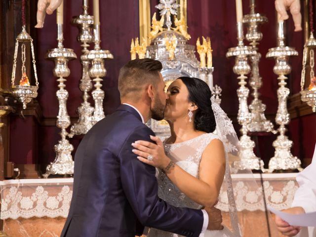 La boda de María y Manuel en Antequera, Málaga 14