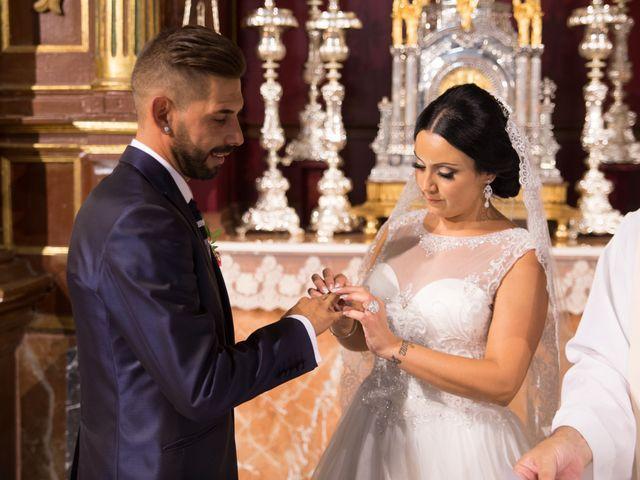La boda de María y Manuel en Antequera, Málaga 15