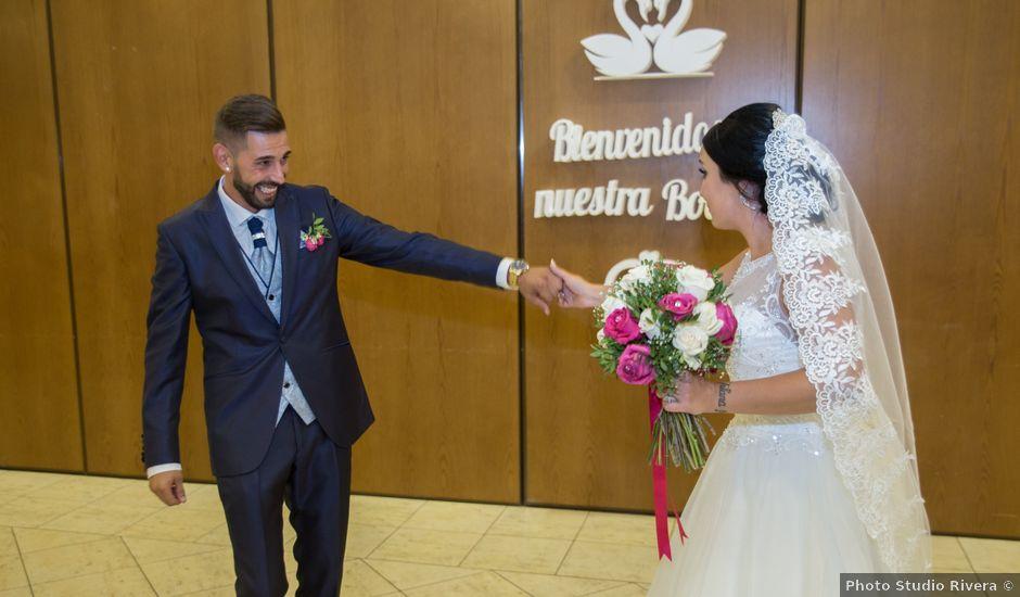 La boda de María y Manuel en Antequera, Málaga