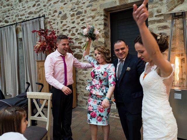 La boda de Imanol y Ianire en Gordexola, Vizcaya 33