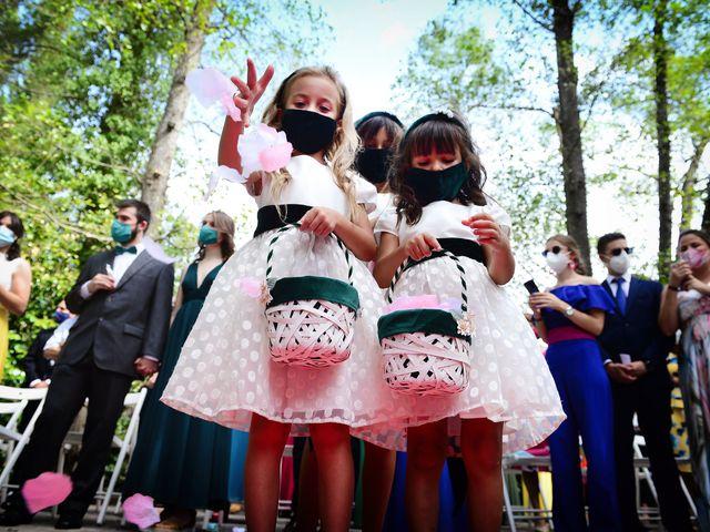 La boda de Irene y Daniel en Valdastillas, Cáceres 36