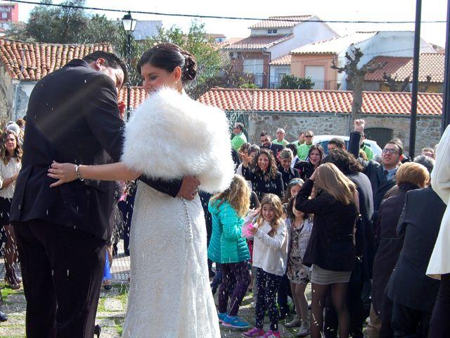 La boda de Jony y Sara en Valdeobispo, Cáceres 13