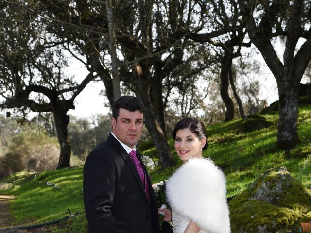 La boda de Jony y Sara en Valdeobispo, Cáceres 15