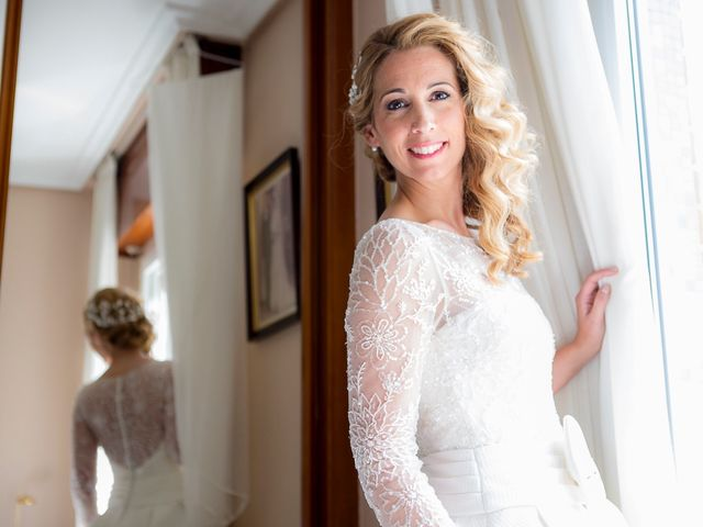 La boda de Unai y Estibaliz en Portugalete, Vizcaya 9