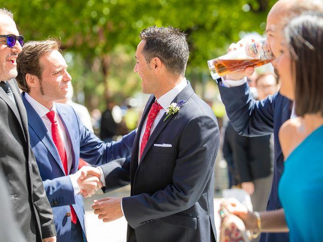 La boda de Unai y Estibaliz en Portugalete, Vizcaya 11