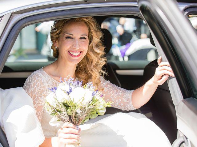 La boda de Unai y Estibaliz en Portugalete, Vizcaya 13