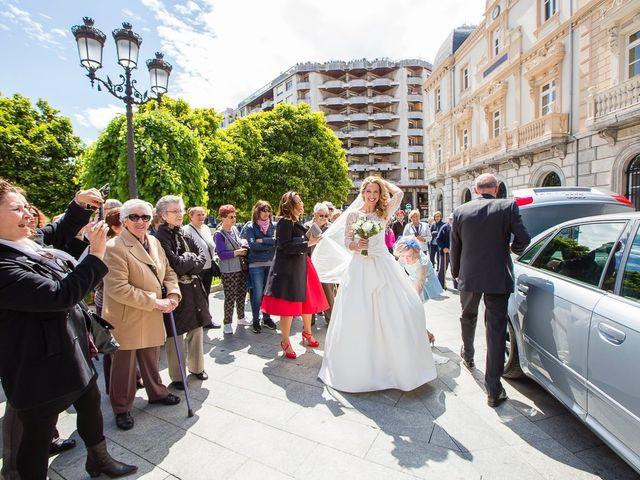 La boda de Unai y Estibaliz en Portugalete, Vizcaya 14