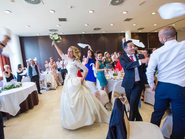 La boda de Unai y Estibaliz en Portugalete, Vizcaya 26