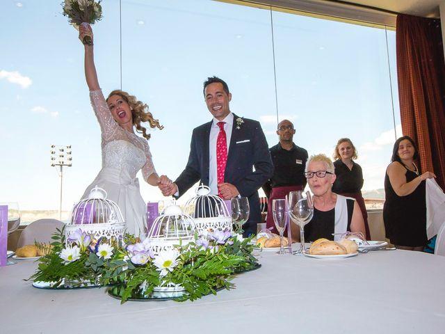 La boda de Unai y Estibaliz en Portugalete, Vizcaya 27