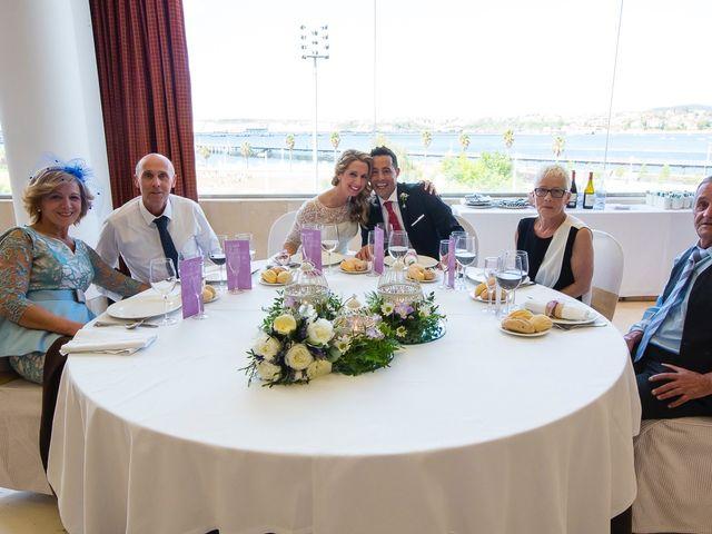 La boda de Unai y Estibaliz en Portugalete, Vizcaya 28