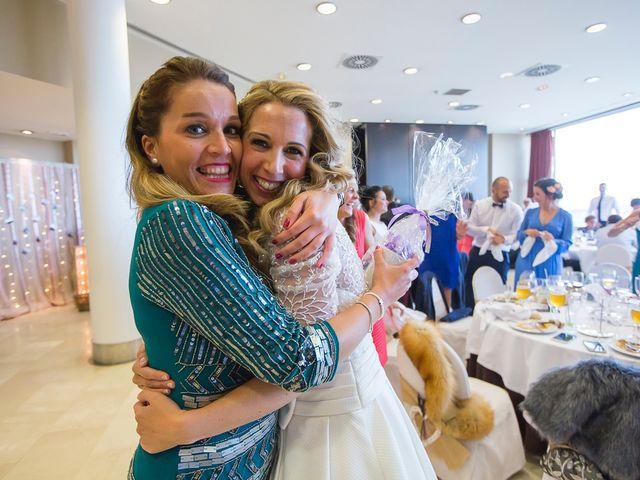La boda de Unai y Estibaliz en Portugalete, Vizcaya 31