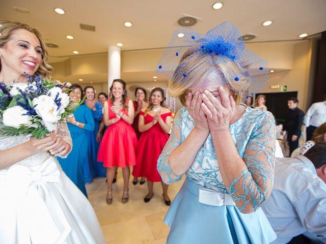 La boda de Unai y Estibaliz en Portugalete, Vizcaya 38