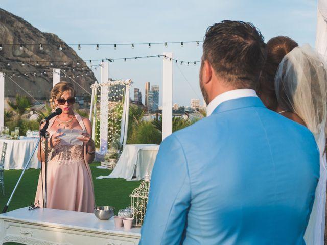 La boda de Angelo y Emmanuelle en La/villajoyosa Vila Joiosa, Alicante 28
