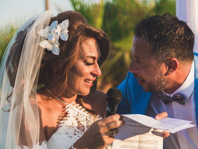 La boda de Angelo y Emmanuelle en La/villajoyosa Vila Joiosa, Alicante 29