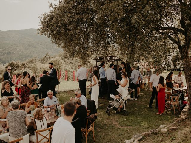 La boda de Mireia y Marta en Sant Hilari Sacalm, Girona 30