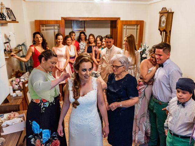La boda de Nandi y Yolanda en El Puig, Valencia 17