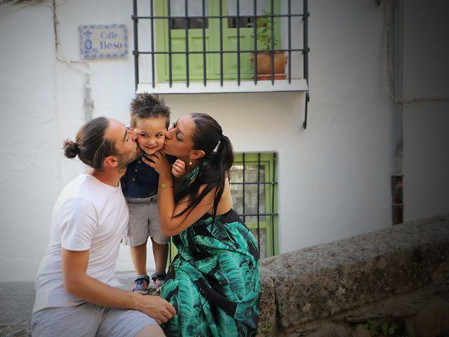 La boda de Alberto y Fuensanta en La Zubia, Granada 10