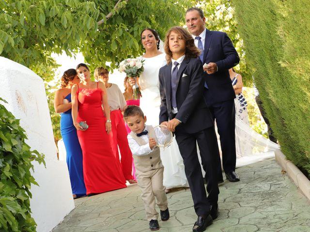 La boda de Alberto y Fuensanta en La Zubia, Granada 36