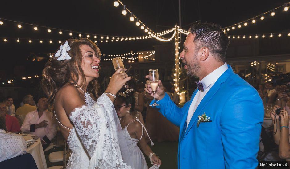 La boda de Angelo y Emmanuelle en La/villajoyosa Vila Joiosa, Alicante