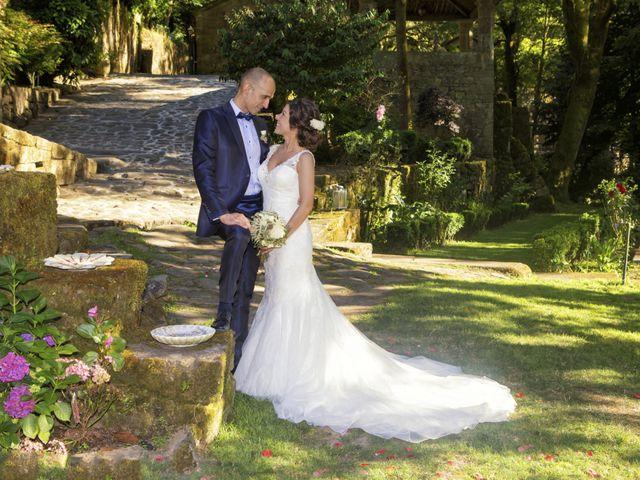 La boda de Marcos y Paula en Santiago De Compostela, A Coruña 23