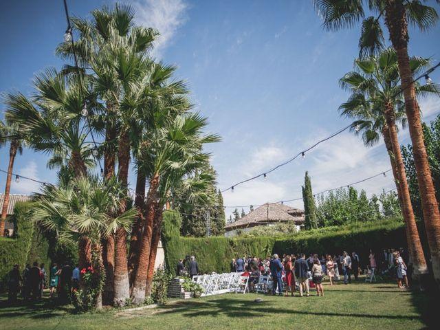 La boda de Pedro y Carla en Fuente Vaqueros, Granada 29