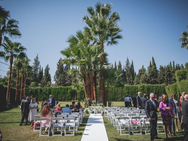 La boda de Pedro y Carla en Fuente Vaqueros, Granada 31