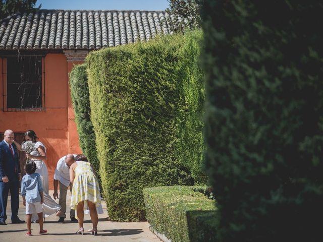 La boda de Pedro y Carla en Fuente Vaqueros, Granada 37