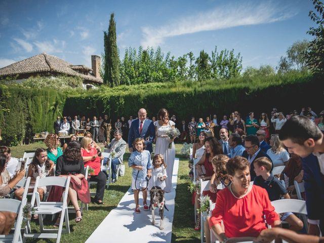 La boda de Pedro y Carla en Fuente Vaqueros, Granada 39