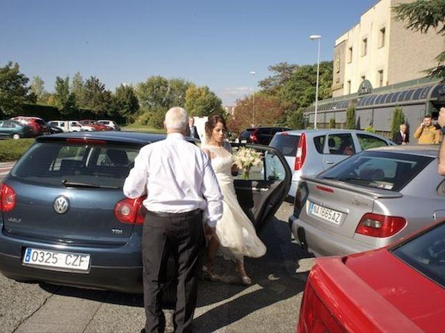 La boda de David y Idoia en Huarte-pamplona, Navarra 18