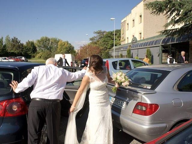 La boda de David y Idoia en Huarte-pamplona, Navarra 19