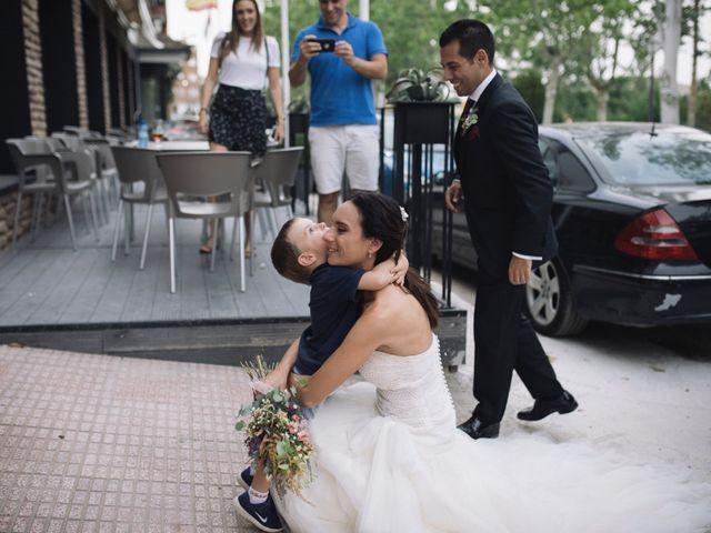 La boda de Alejandro y Rebeca en Monesterio, Badajoz 84