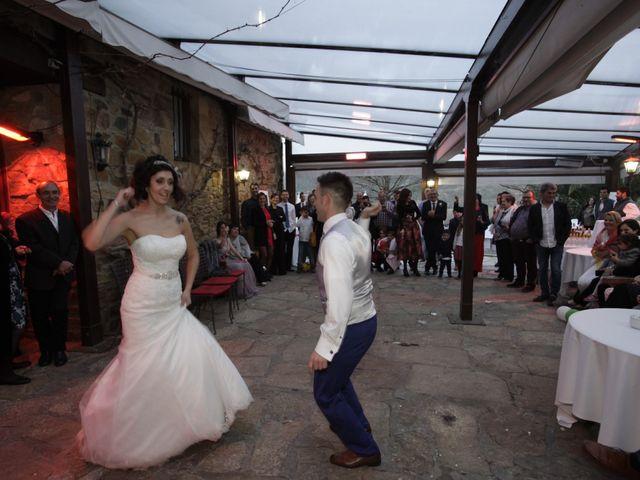 La boda de Gorka y Sarai en Abadiño, Vizcaya 12
