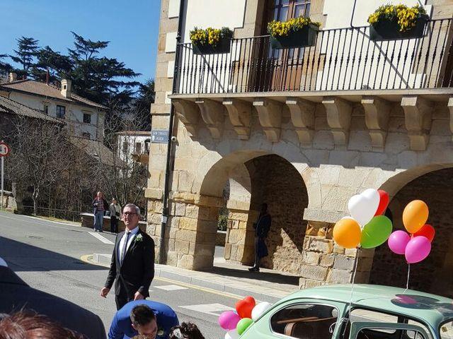 La boda de Gorka y Sarai en Abadiño, Vizcaya 13