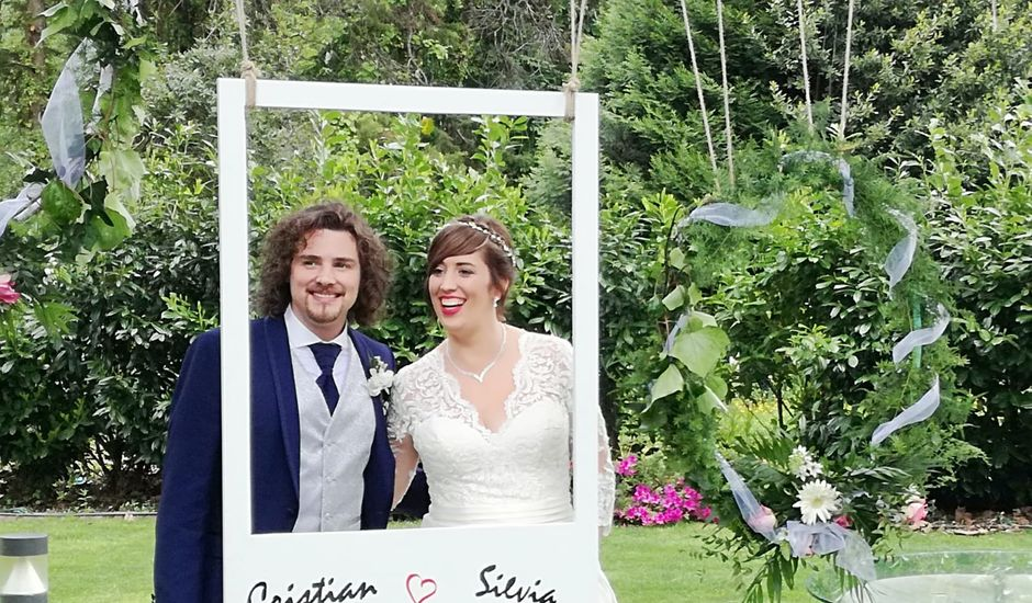 La boda de Cristian y Silvia en Padron, A Coruña