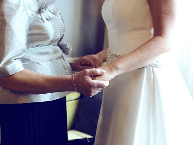 La boda de Ieltxu y Sara en Bilbao, Vizcaya 14