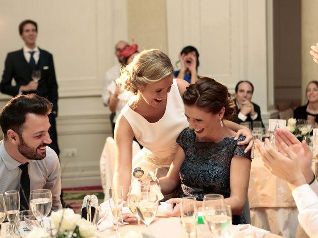 La boda de Ieltxu y Sara en Bilbao, Vizcaya 44