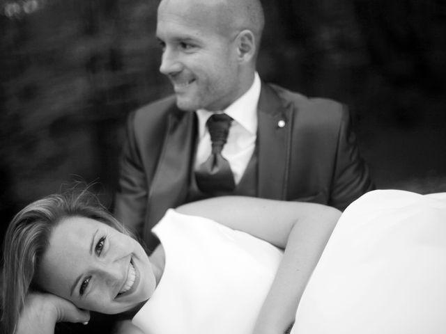 La boda de Ieltxu y Sara en Bilbao, Vizcaya 64