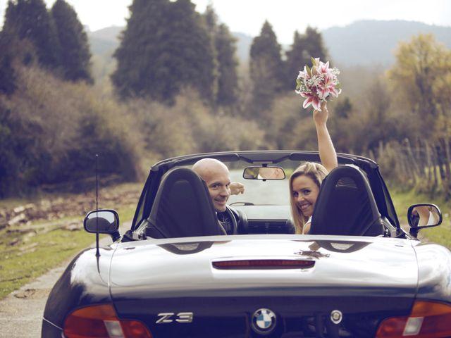 La boda de Ieltxu y Sara en Bilbao, Vizcaya 69