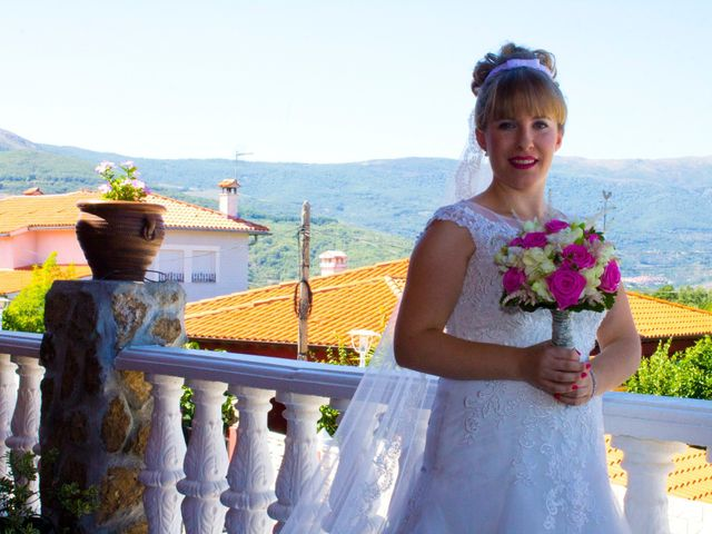 La boda de David y Cristina en Jaraiz De La Vera, Cáceres 30