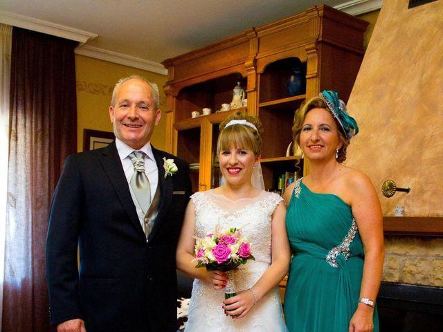 La boda de David y Cristina en Jaraiz De La Vera, Cáceres 35