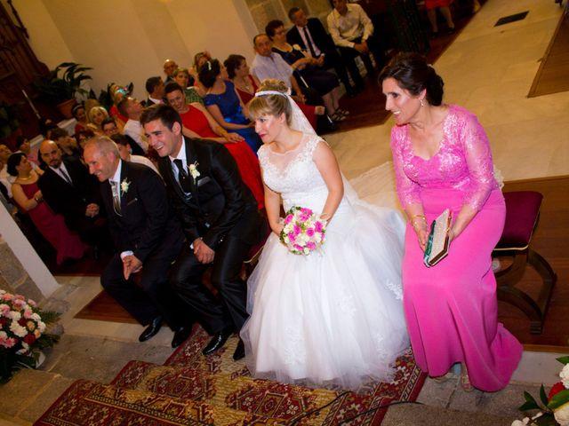 La boda de David y Cristina en Jaraiz De La Vera, Cáceres 56