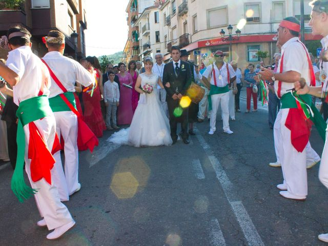 La boda de David y Cristina en Jaraiz De La Vera, Cáceres 75