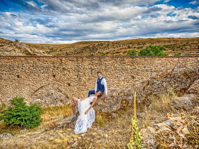 La boda de Adri y Isa en Sagunt/sagunto, Valencia 17