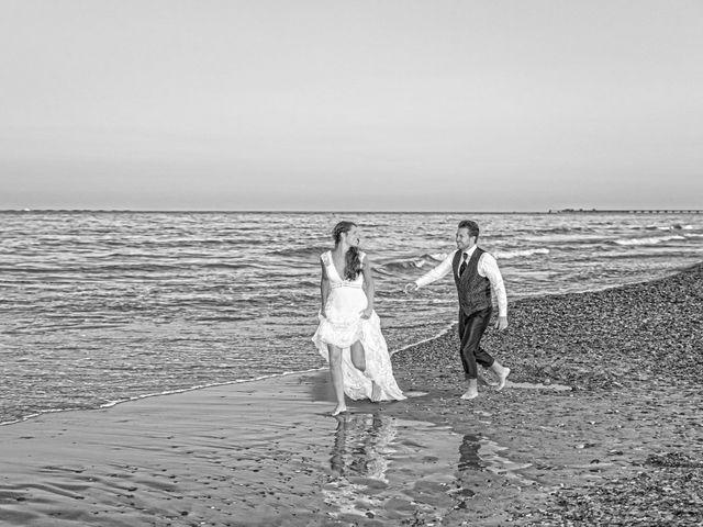 La boda de Adri y Isa en Sagunt/sagunto, Valencia 23